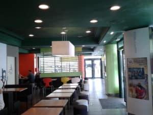 Fast food restaurant interior with Airis LED lighting