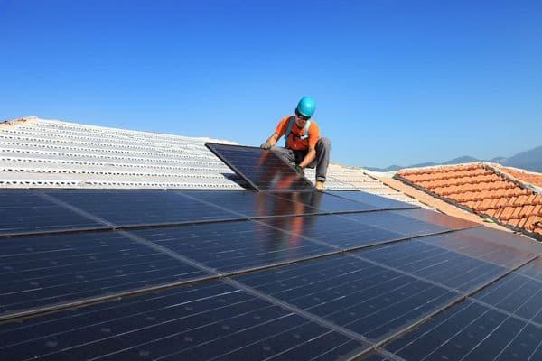 Solar panel installation shutterstock_117620479_600