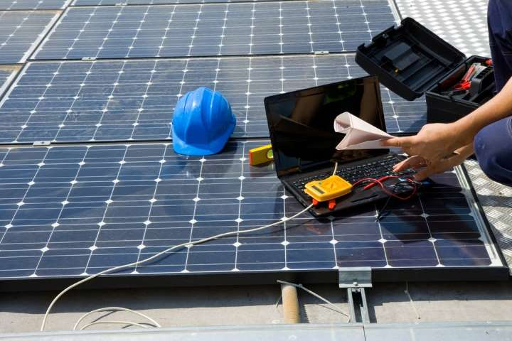 How to Test Solar Panel Output